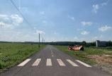 Lô đất mặt tiền đường 1700m2 ai có nhu cầu cần LH