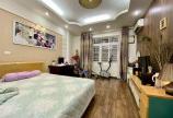 Cần bán gấp nhà gần mặt phố Cầu Giấy, Dịch Vọng 61.4m x 6 tầng 5,7 tỷ.Giá bất ngờ.