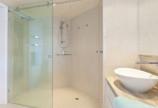Lắp đặt vách kính lùa phòng tắm giá rẻ tại TPHCM